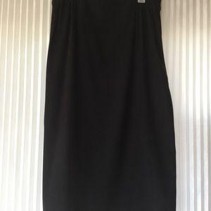 Black brushed mid length skirt